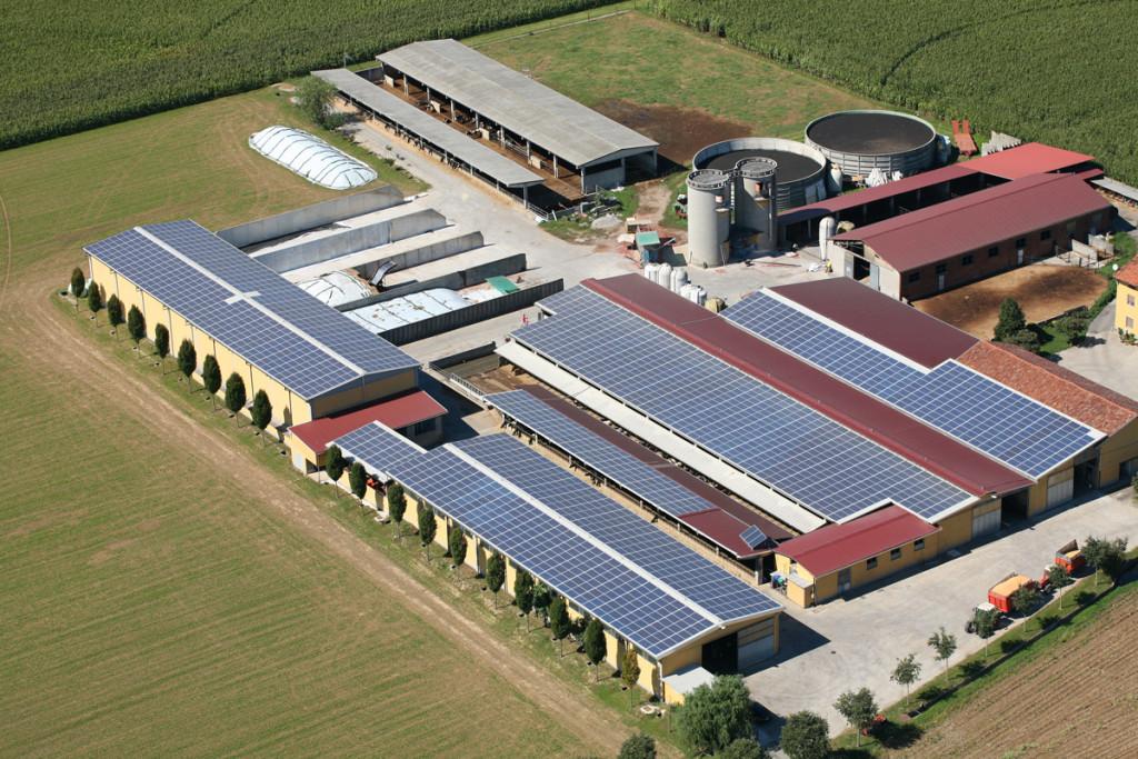 fotografie azienda agricola impianto fotovoltaico