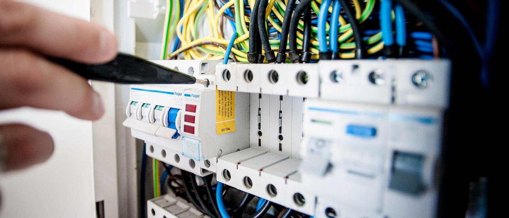 manutenzione assistenza elettricista bergamo domotica